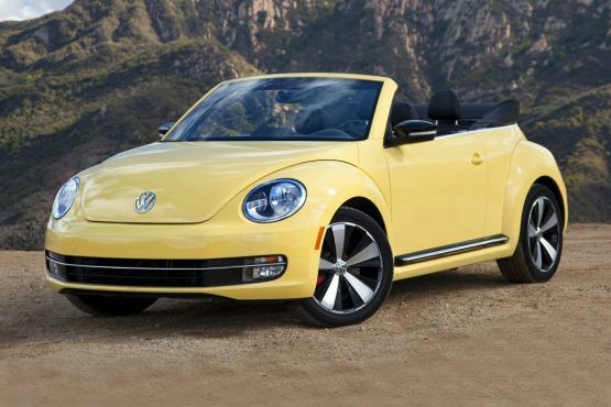 2014-Volkswagen-Beetle-2-Door-Convertible-Photos.jpg